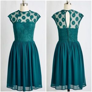 ModCloth Lace Sweetheart Cocktail Dress in Teal